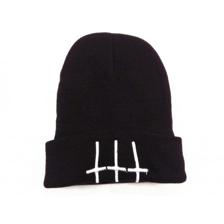 Inverted crosses beanie